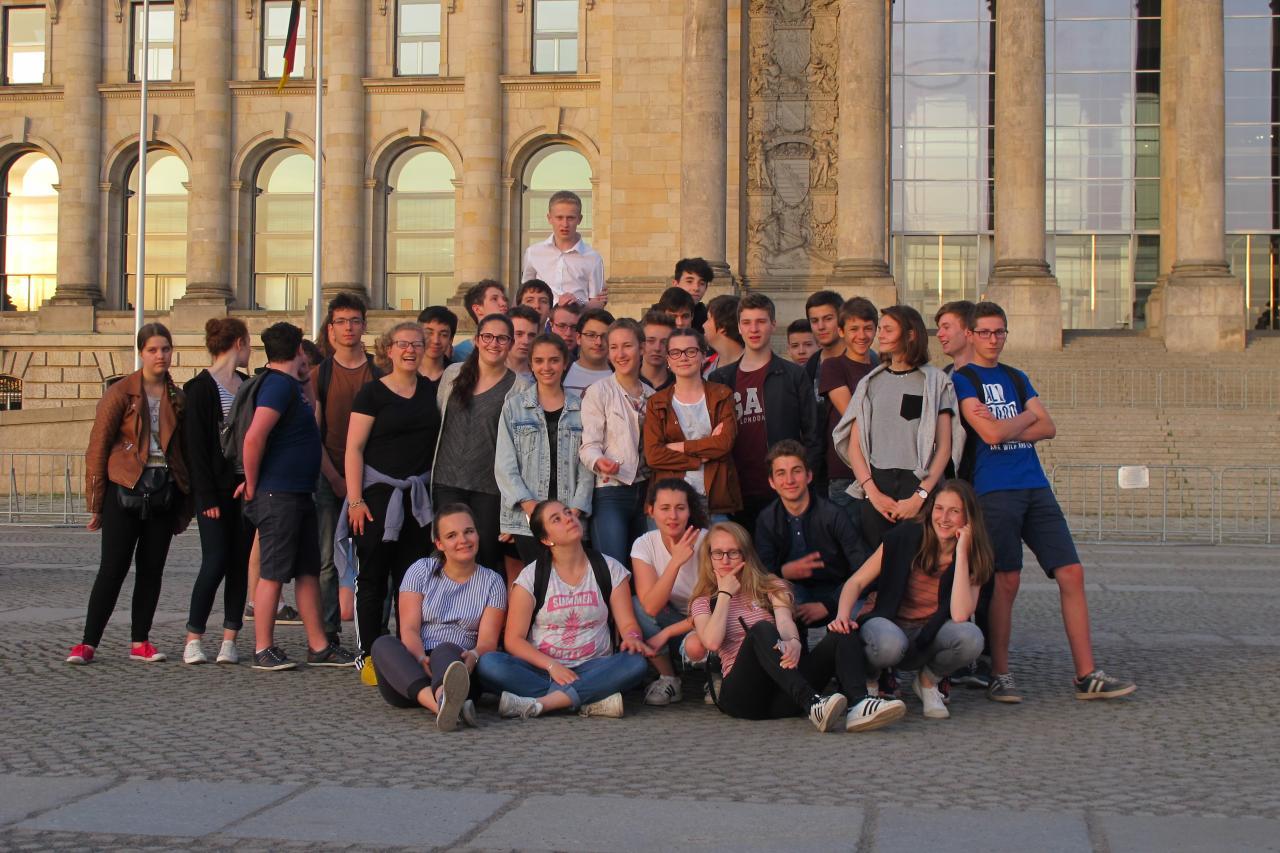 21.5.vor dem Reichstag